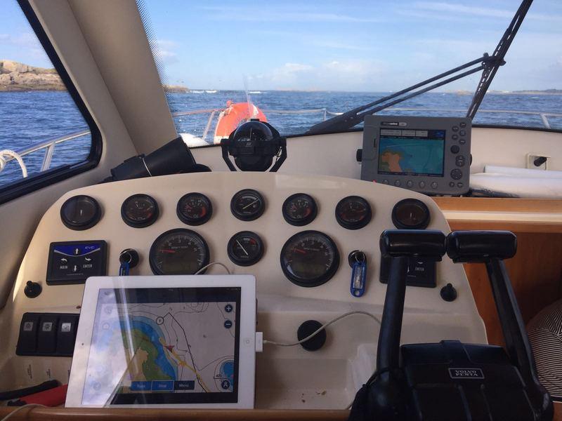 RodmanFly_870_Electronica_Electronics_Sailway_Charter_Galicia