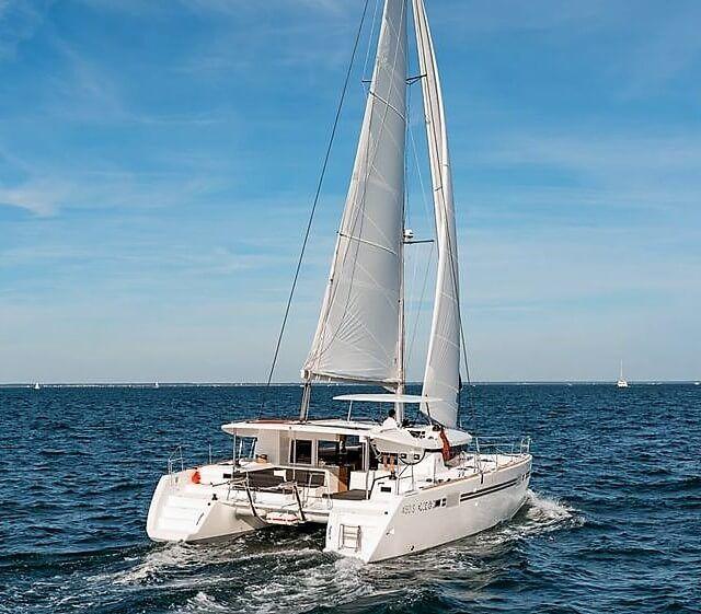 Lagoon45S_Sailway_Sailing_Holidays_Galicia_Vigo_Charter