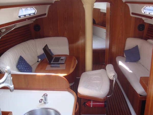 Ro400_salon_Sailway_sailing_holidays_Galicia_Ria_Vigo