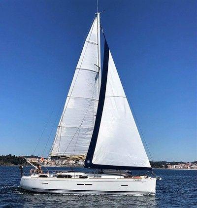 Dofour_40.5GL_navegando_sailing_sailway_charter_galicia-