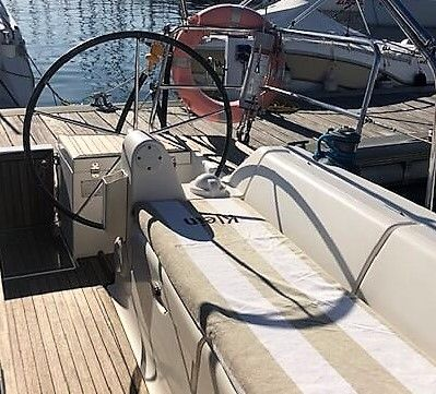 Dufour40.5GL_popa_cockpit_sailway_charter_galicia