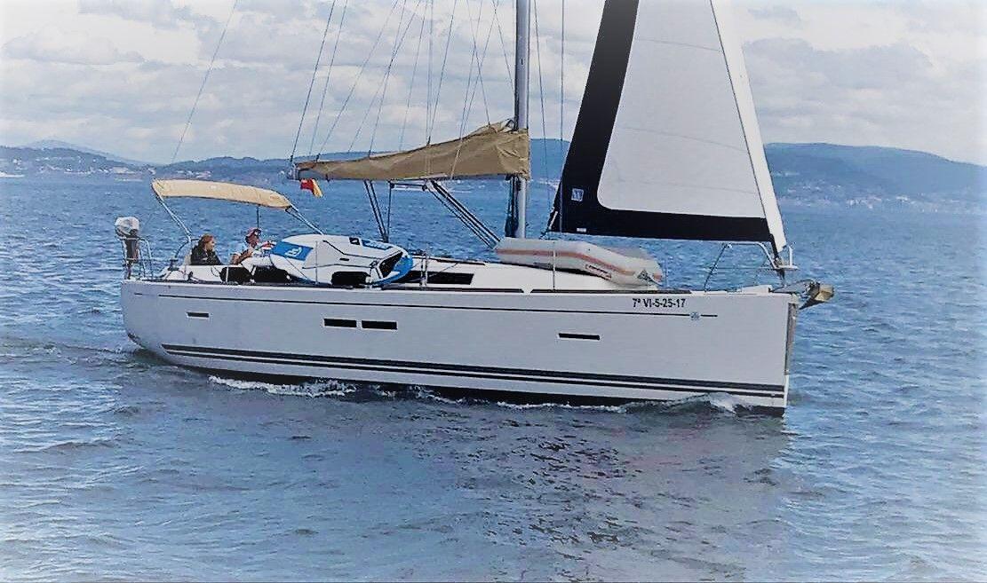 Dufour40.5L_navegando_sailway_charter_galicia