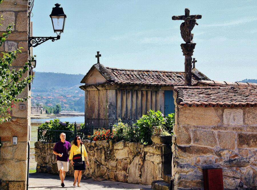 Combarro_Pontevedra_Horreos_Galicia_Sailway_Sailing_Holidays
