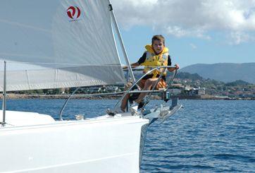 Alquila_barco_galicia_rias_baixas_turismo_activo