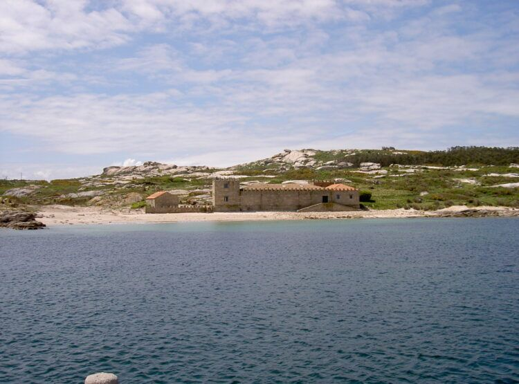 Isla_Salvora_Ría_de_Vigo__Galcia_Ruta_Náutica_Rias Baixas_Sailway
